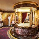 A l'intérieur du seul hôtel 7 étoiles du monde : Burj Al Arab