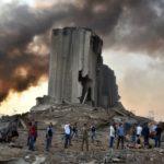 La ville de Beyrouth dévastée après deux puissantes explosions