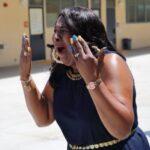 San Diego : Des étudiants offrent à la cantinière une voiture