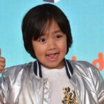 À 9 ans, Ryan est le youtubeur le mieux payé au monde avec 29,5 millions $ de revenus