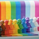 Lego lance sa première collection de jouets LGBT+