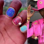 Lil Nas X et ses ongles manucurés multicolores nous éblouissent !